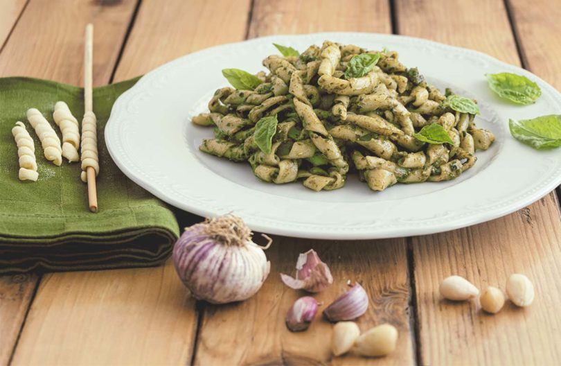 busiate al pesto genovese