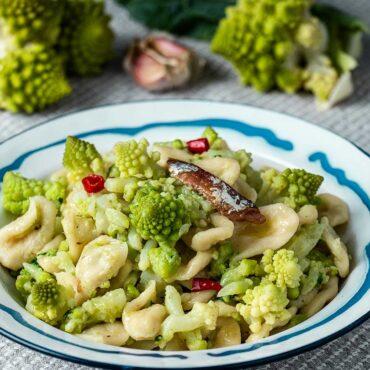 orecchiette con broccolo romano